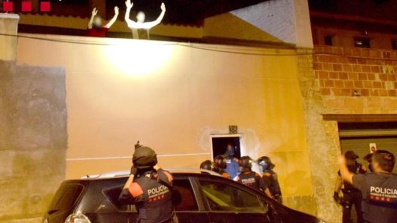 加泰罗尼亚三名印度男子因绑架并折磨同胞邻居30小时入狱