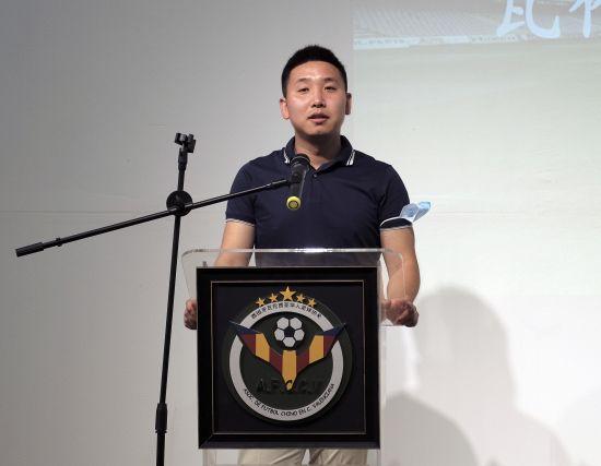 瓦伦西亚大区华人足协常务秘书长邓文